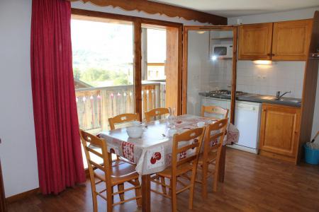 Rent in ski resort 3 room apartment 6 people (314) - Résidence Bartavelle la Crête du Berger - La Joue du Loup - Table