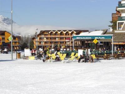 Location au ski Residence Horizon Blanc - La Joue du Loup - Extérieur hiver