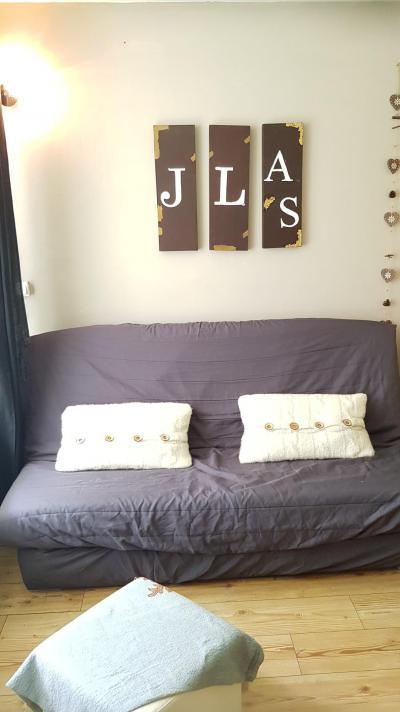 Rent in ski resort Studio sleeping corner 4 people (20) - Résidence La Lauzière - La Joue du Loup - Settee