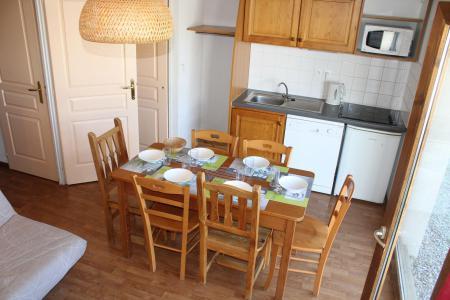 Rent in ski resort 3 room apartment 6 people (404) - Résidence le Chevreuil la Crête du Berger - La Joue du Loup - Dining area