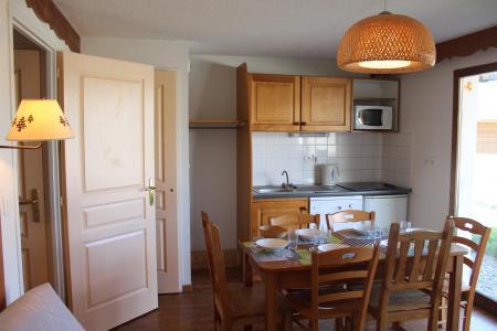 Rent in ski resort 3 room apartment 6 people (404) - Résidence le Chevreuil la Crête du Berger - La Joue du Loup - Kitchen