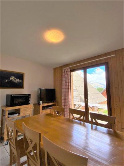 Rent in ski resort Semi-detached 3 room chalet 7 people (10) - Résidence Les Flocons du Soleil - La Joue du Loup - Apartment