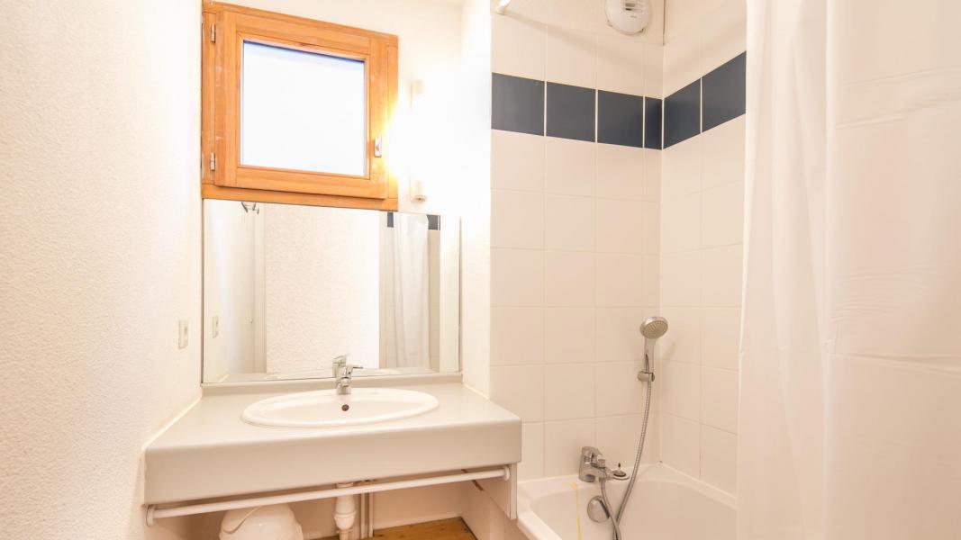 Rent in ski resort Résidence les Chalets et Balcons de la Vanoise - La Norma - Bathroom