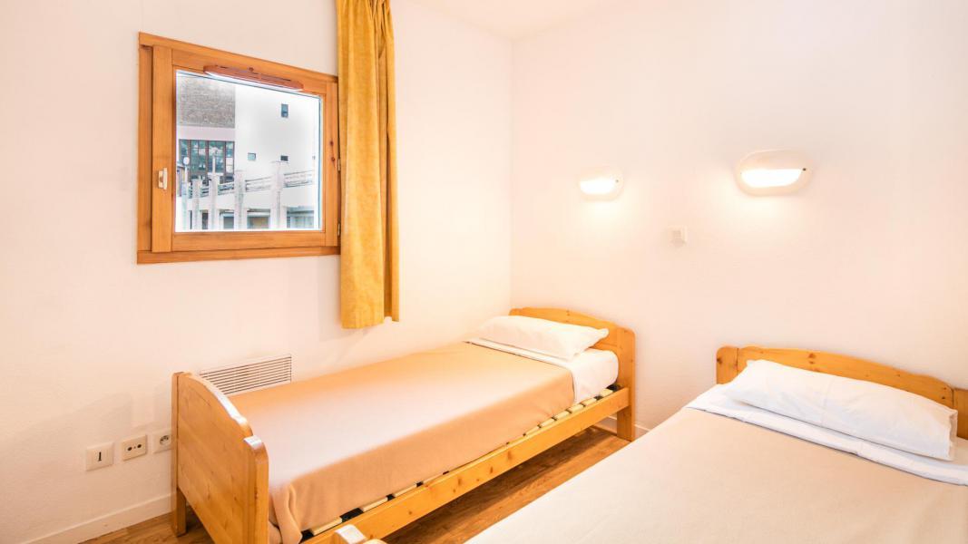 Rent in ski resort Résidence les Chalets et Balcons de la Vanoise - La Norma - Twin beds