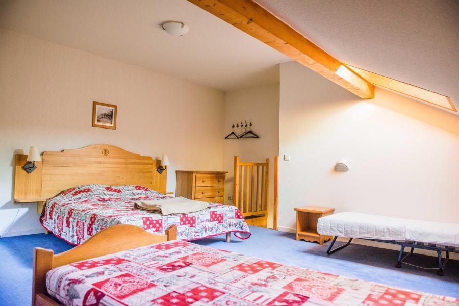 Alquiler al esquí Résidence Plein Soleil - La Norma - Habitación abuhardillada
