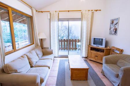 Rent in ski resort Semi-detached 3 room chalet 6 people (CHT93) - Les Chalets Petit Bonheur - La Norma - Living room
