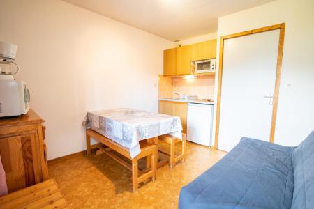 Rent in ski resort 1 room apartment sleeping corner 4 people (NO40GV) - Résidence le Grand Vallon - La Norma