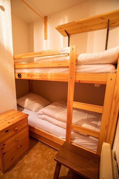 Rent in ski resort Studio sleeping corner 4 people (NO34GV) - Résidence le Grand Vallon - La Norma