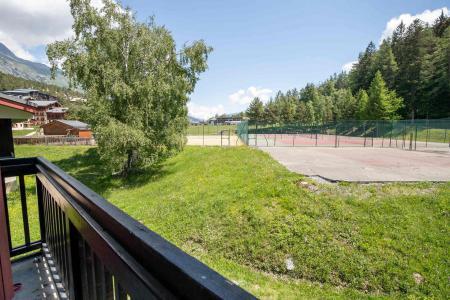 Rent in ski resort 3 room mezzanine apartment 8 people (AR46A) - Résidence les Arolles - La Norma