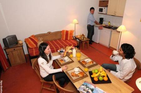 Location au ski Appartement 2 pièces 4 personnes - Residence Les Balcons D'anaïs - La Norma - Coin repas