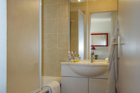 Rent in ski resort Résidence les Balcons d'Anaïs - La Norma - Bathroom