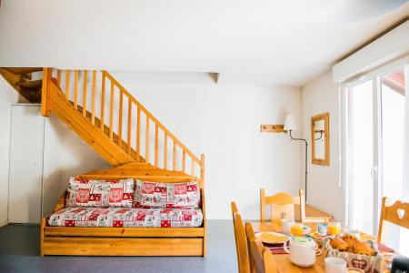 Rent in ski resort Résidence Plein Soleil - La Norma - Stairs