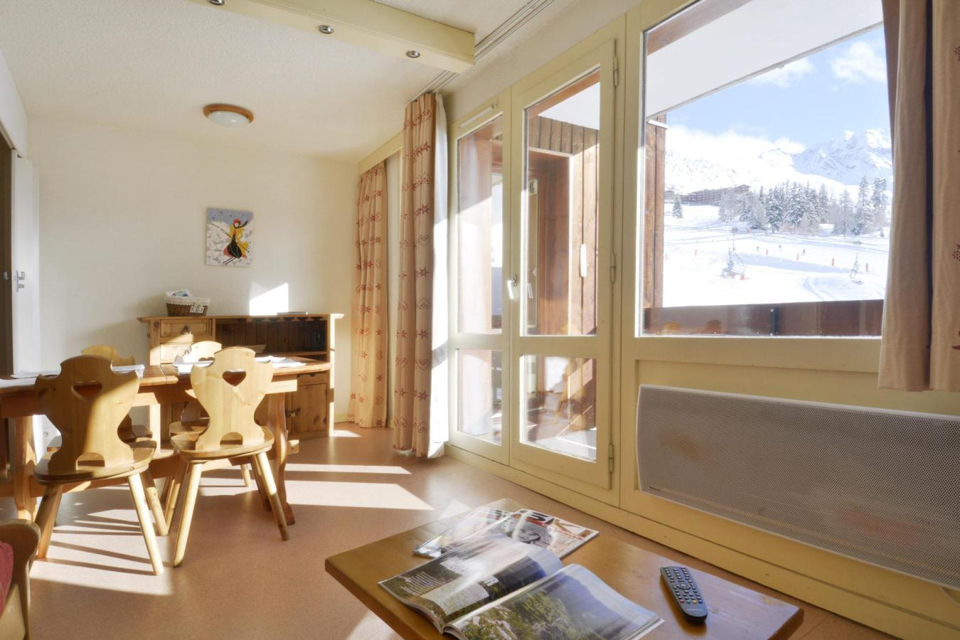 Location au ski Studio cabine 4 personnes (105) - La Residence 3000 - La Plagne - Table