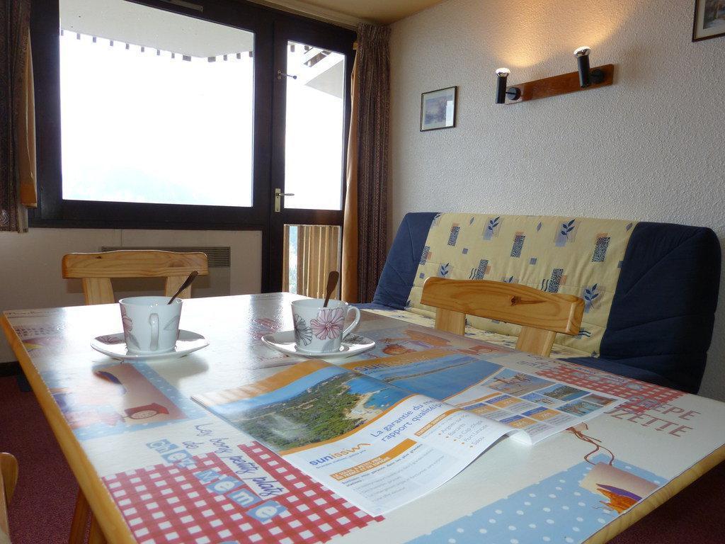 Location au ski Studio 4 personnes (I143) - Residence Aime 2000 - Le Diamant - La Plagne - Coin repas