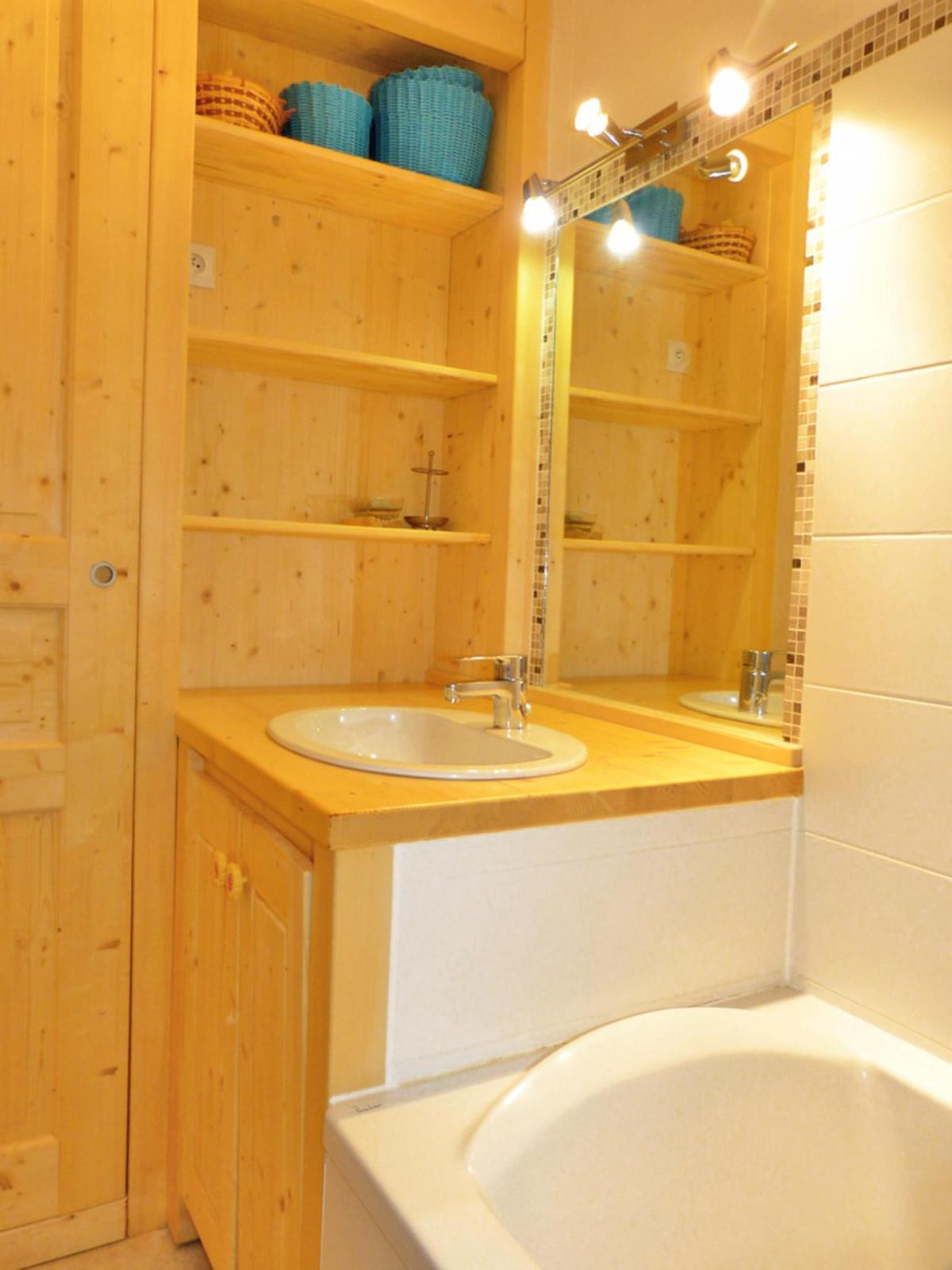 Location au ski Studio cabine 4 personnes (A2H53) - Residence Aime 2000 - Le Diamant - La Plagne - Salle de bains