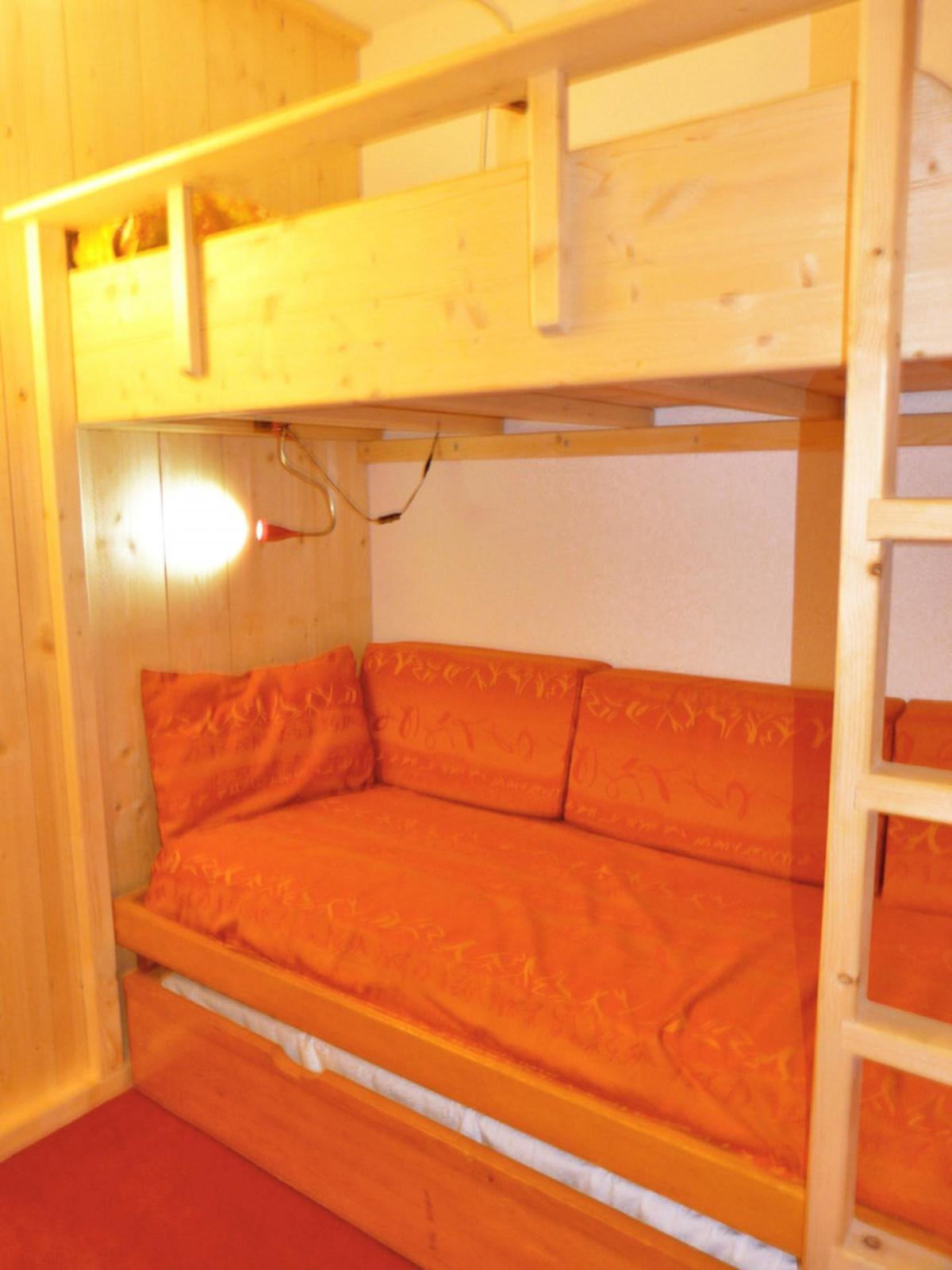 Location au ski Studio cabine 4 personnes (A2M156) - Residence Aime 2000 - Le Diamant - La Plagne - Lits superposés