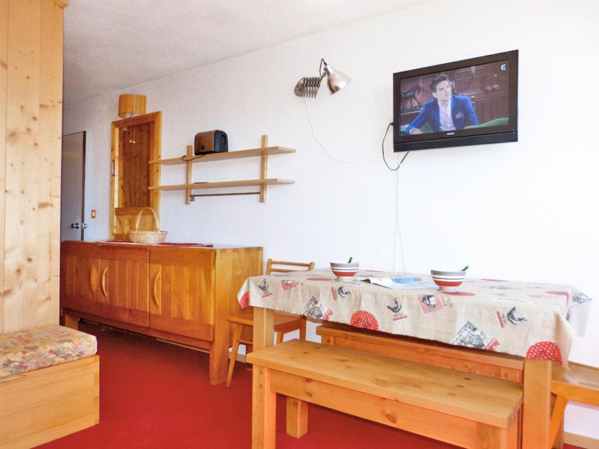 Location au ski Studio cabine 4 personnes (A2M156) - Residence Aime 2000 - Le Diamant - La Plagne - Table