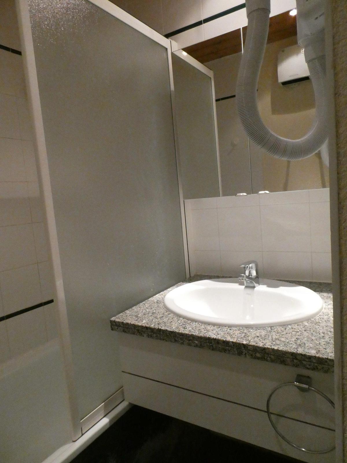 Location au ski Appartement 2 pièces 5 personnes (61) - Residence Le Carroley A - La Plagne - Banquette-lit