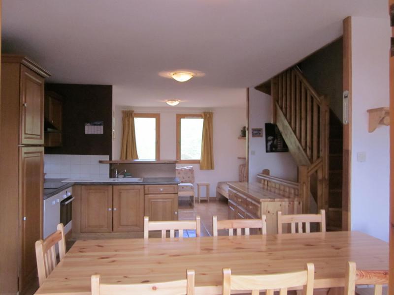 Soggiorno sugli sci Chalet 6 stanze per 10 persone (10) - Chalets des Alpages - La Plagne - Tavolo