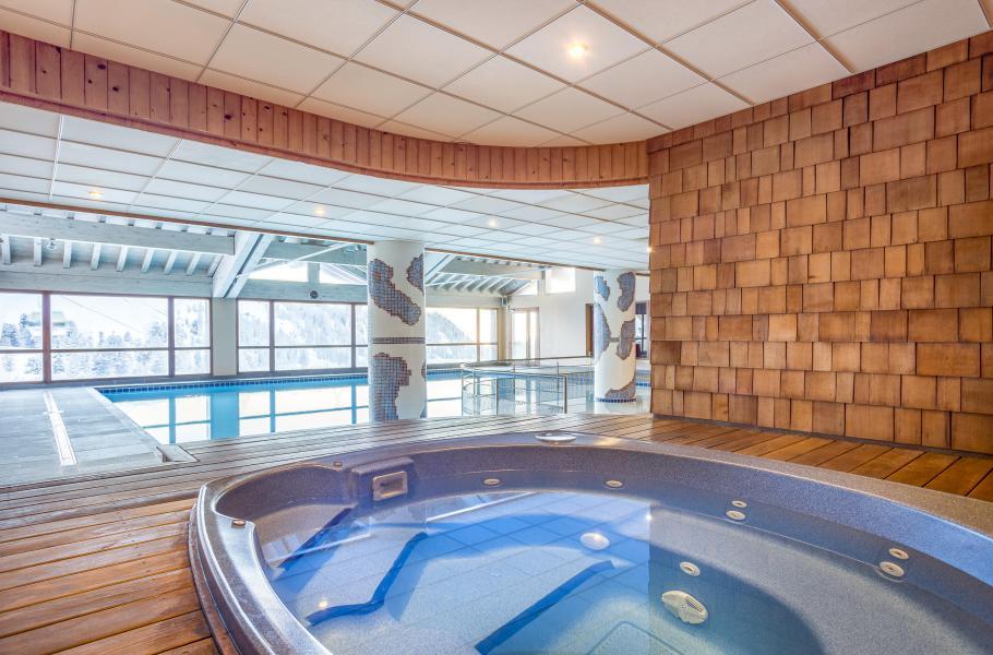 Location au ski Hôtel Club MMV Les 2 Domaines - La Plagne - Jacuzzi