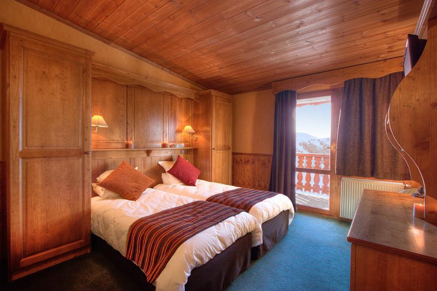 Location au ski Hôtel les Balcons Village - La Plagne - Chambre