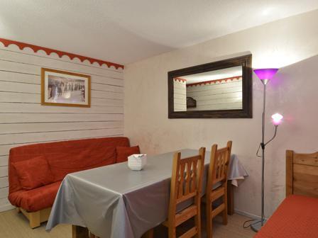 Wynajem na narty Studio kabina 4 osoby (N37) - La Résidence Aime 2000 Chamois - La Plagne - Stołem