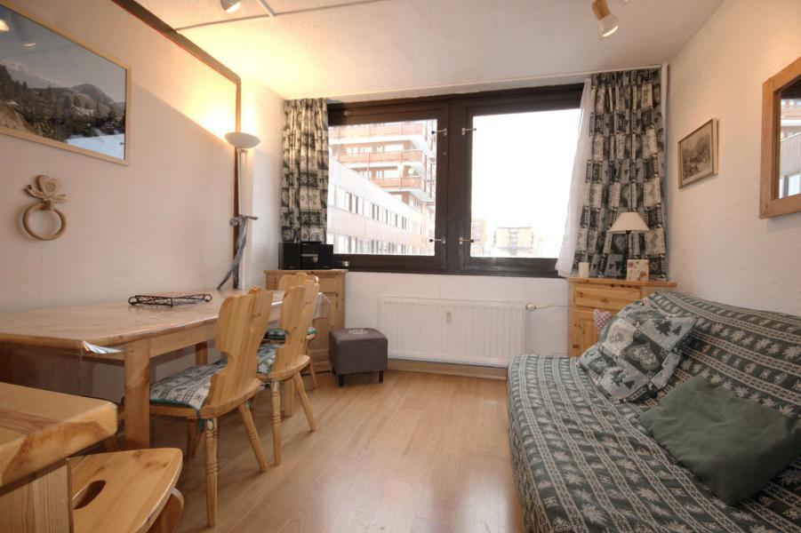 Wynajem na narty Apartament 3 pokojowy 6 osób (02) - La Résidence le Mont Blanc - La Plagne - Pokój gościnny