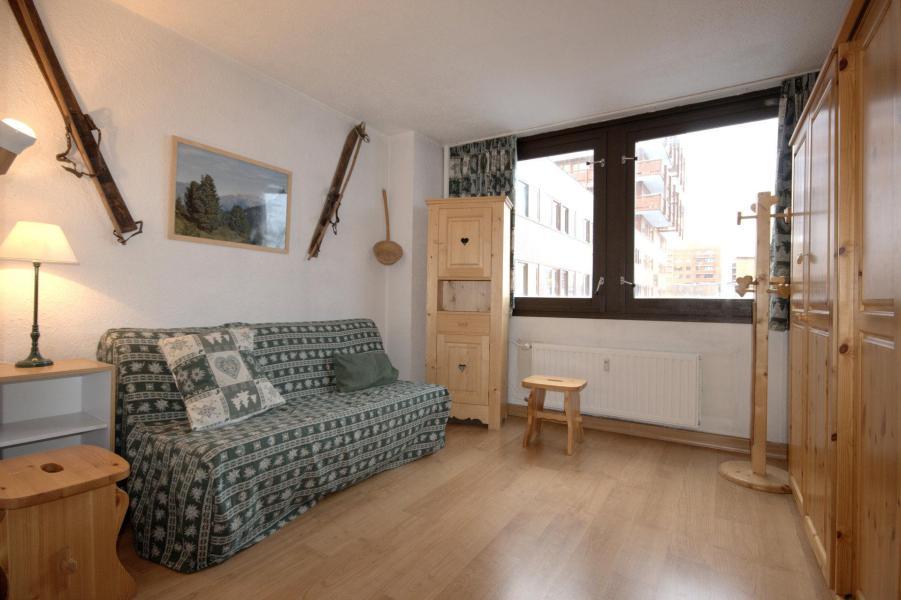 Wynajem na narty Apartament 3 pokojowy 6 osób (02) - La Résidence le Mont Blanc - La Plagne - Sofą