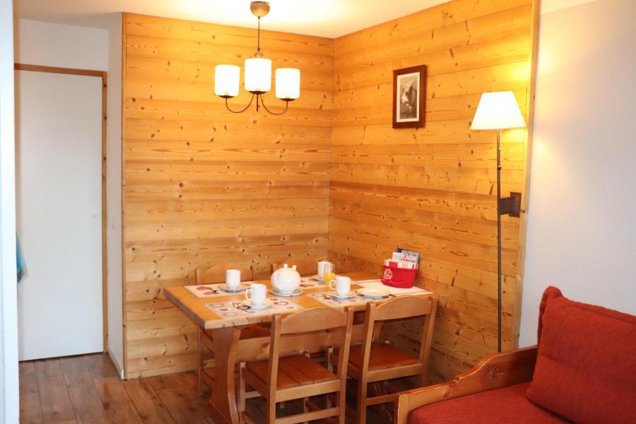 Аренда на лыжном курорте Квартира студия со спальней для 4 чел. (313) - La Résidence Themis - La Plagne - Стол