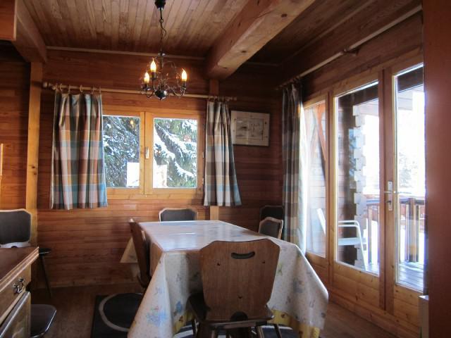 Rent in ski resort 4 room chalet 7 people (8) - Les Chalets de la Forêt - La Plagne - Dining area