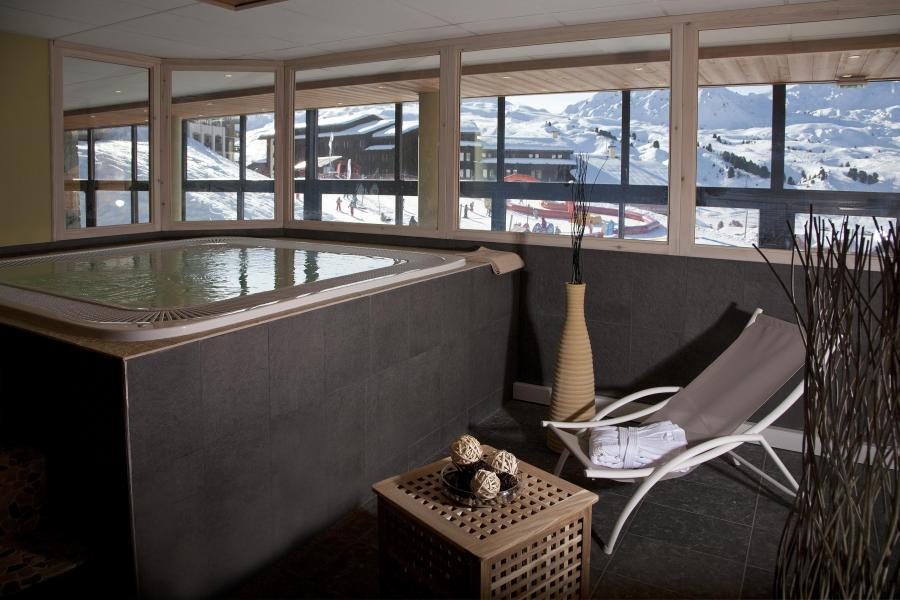Location au ski Résidence Club MMV le Centaure - La Plagne - Bain à remous