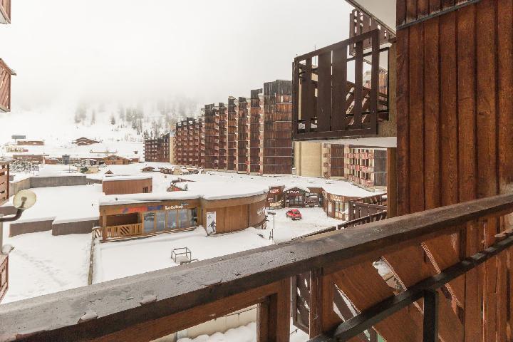 Holiday in mountain resort Studio 4 people (23) - Résidence le Carroley - La Plagne - Winter outside