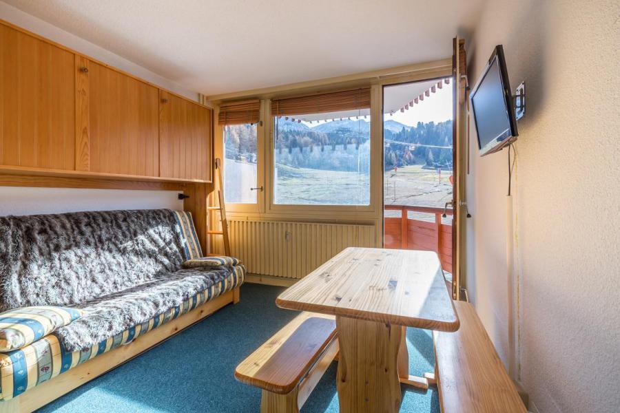 Location au ski Studio 2 personnes (138) - Résidence le France - La Plagne - Table