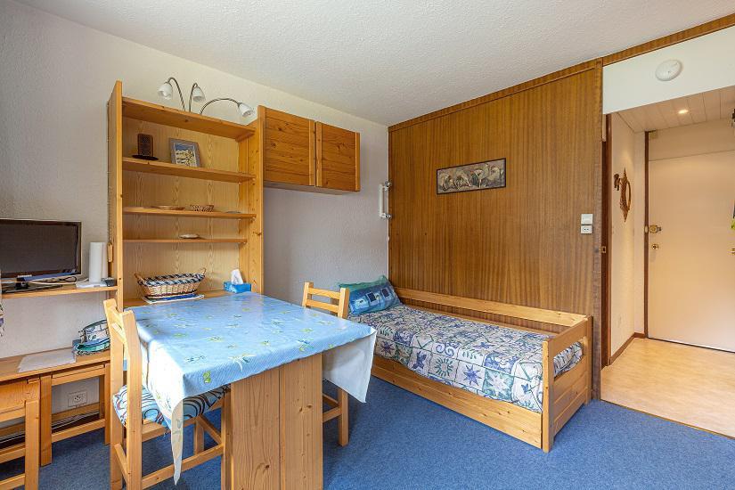 Location au ski Studio 4 personnes (108) - Résidence le Vercors - La Plagne - Table
