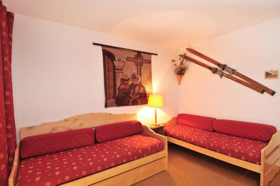 Location au ski Studio 2 personnes (023) - Résidence Pierre de Soleil - La Plagne - Banquette