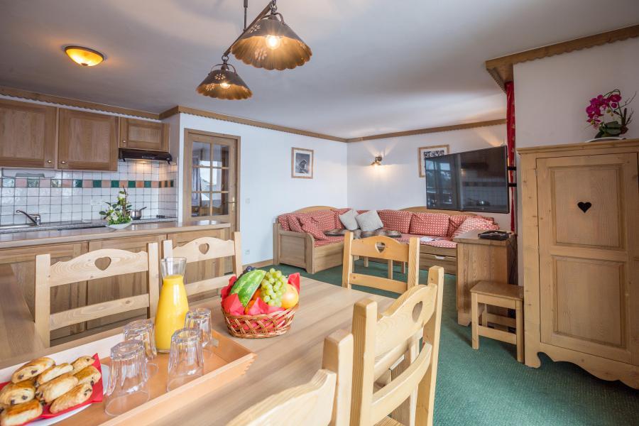 Rent in ski resort Résidence Sun Valley - La Plagne - Table