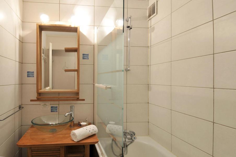 Location au ski Appartement 2 pièces 5 personnes (02) - Résidence Turquoise - La Plagne - Salle de bains