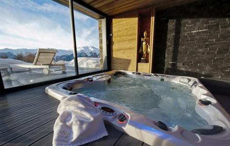 Rent in ski resort Chalet Mont Soleil - La Plagne - Jacuzzi