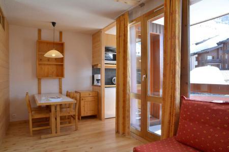 Location au ski Studio 4 personnes (541) - La Residence Beryl - La Plagne - Porte-fenêtre donnant sur balcon