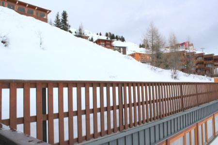 Holiday in mountain resort Divisible studio 4 people (ST4) - La Résidence le Serro Torre - La Plagne - Winter outside