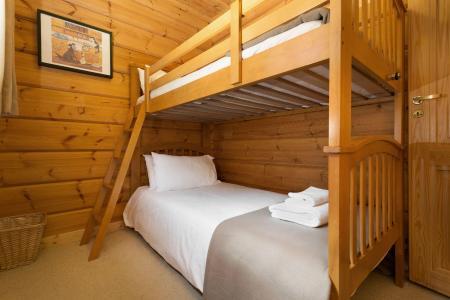 Аренда на лыжном курорте Les Chalets de Crête Côte Village - La Plagne - Кровать мезонин