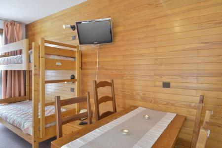 Location au ski Studio 4 personnes (05) - Residence 3000 - La Plagne - Séjour