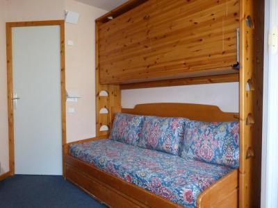 Location au ski Studio 4 personnes (04) - Residence Aime 2000 Paquebot Des Neiges - La Plagne - Banquette-lit
