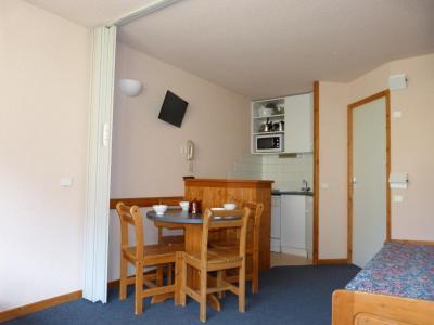 Location au ski Studio 4 personnes (04) - Residence Aime 2000 Paquebot Des Neiges - La Plagne - Table