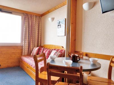 Location au ski Studio 4 personnes (132) - Residence Aime 2000 Paquebot Des Neiges - La Plagne - Canapé-lit