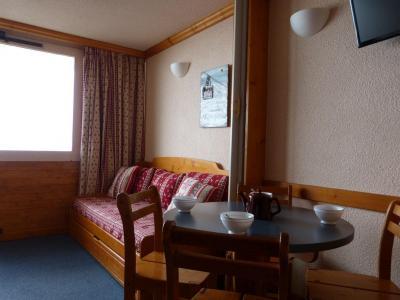 Location au ski Studio 4 personnes (132) - Residence Aime 2000 Paquebot Des Neiges - La Plagne - Coin repas