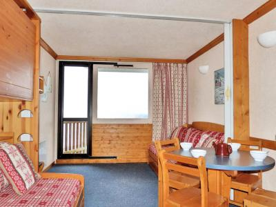 Location au ski Studio 4 personnes (132) - Residence Aime 2000 Paquebot Des Neiges - La Plagne - Table