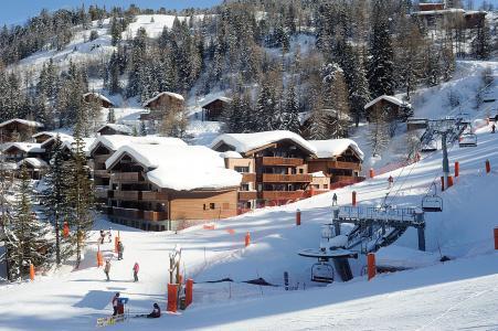 Vacances en montagne Résidence Lagrange les Chalets d'Edelweiss - La Plagne - Extérieur hiver