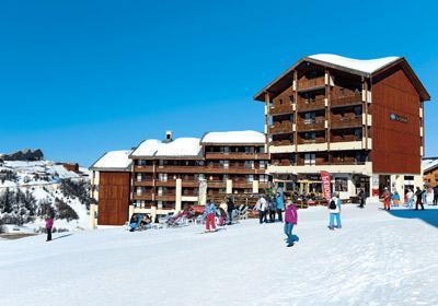 Location au ski Residence Le Cervin - La Plagne - Extérieur hiver