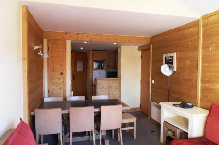Rent in ski resort 4 room duplex apartment 8 people (706) - Résidence les Néréides - La Plagne - Table